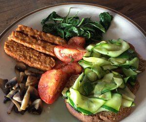 Vegan Breakfast at Happy Banana Komodo