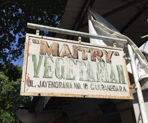 Vegan food at Warung Vegetarian Waikuntha