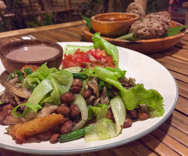 Vegan food at Pituq Cafe