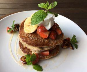 Smoothie Bowl vegan pancakes