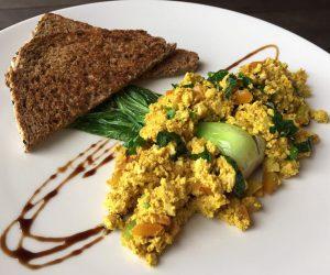 Smoothie Bowl vegan tofu scramble-2