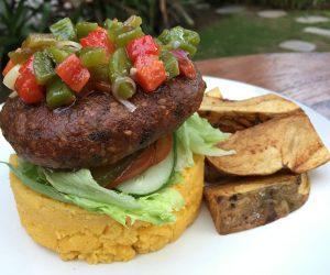 Vegan tempe burger at Mana Retreat