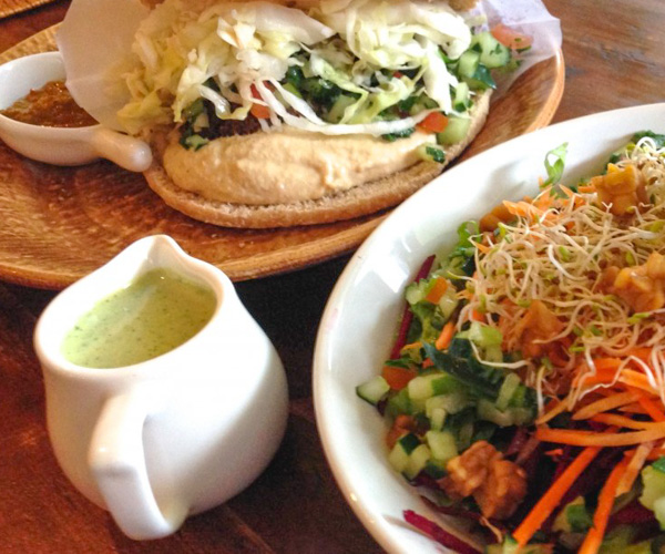 Zula Seminyak vegan falafel