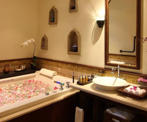 Ariyasom Villa - Bathroom