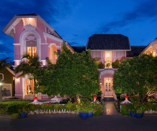 JW Marriott Phu Quoc Pink Palace Exterior