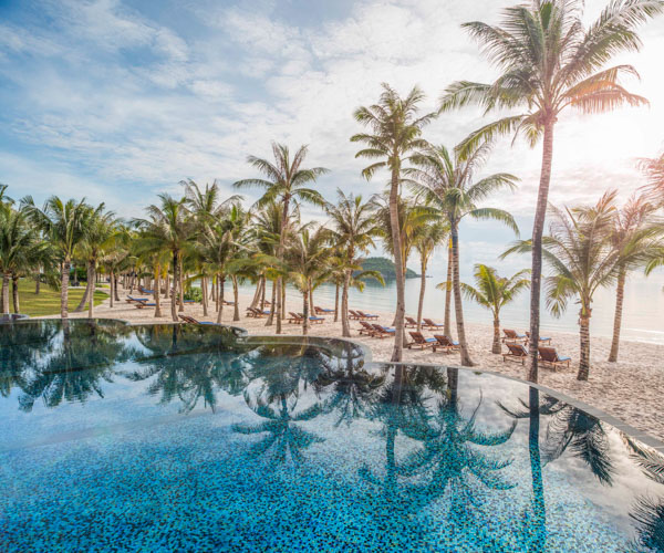 JW Marriott Phu Quoc Shell Pool
