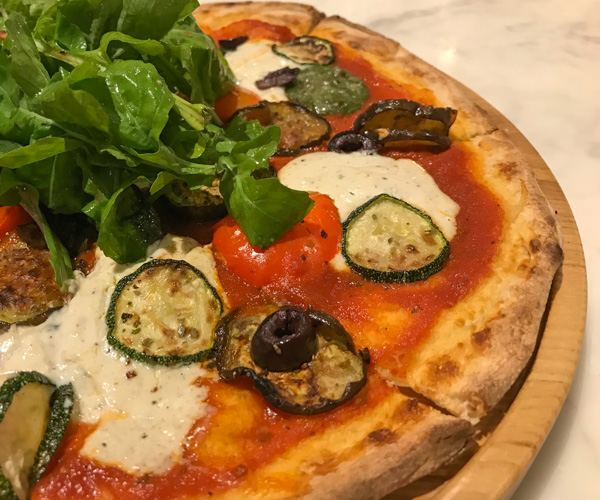 JW Marriott Phu Quoc vegan pizza