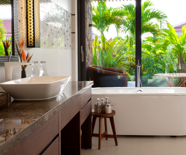 Salinda Resort Garden Villa bathroom