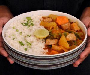 Sacred Lotus Phnom Penh vegan curry