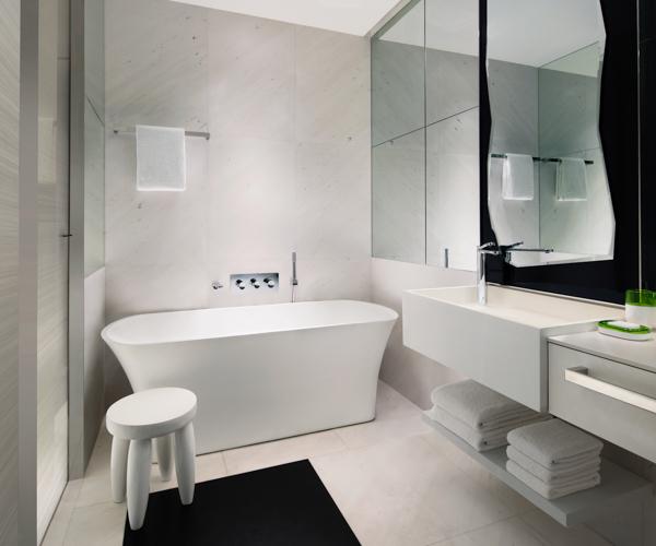 JW Marriott Singapore South Beach - Premier Marina View Bathroom