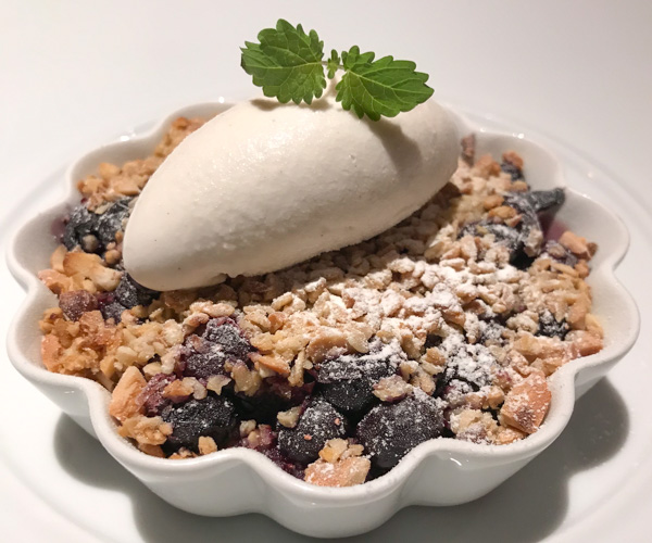 Six Senses Maxwell - Blueberry crumble