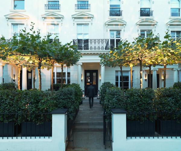 La Suite West Entrance