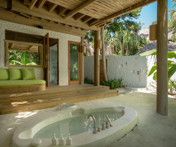 Soneva Fushi - 2 Bed Villa Bathroom