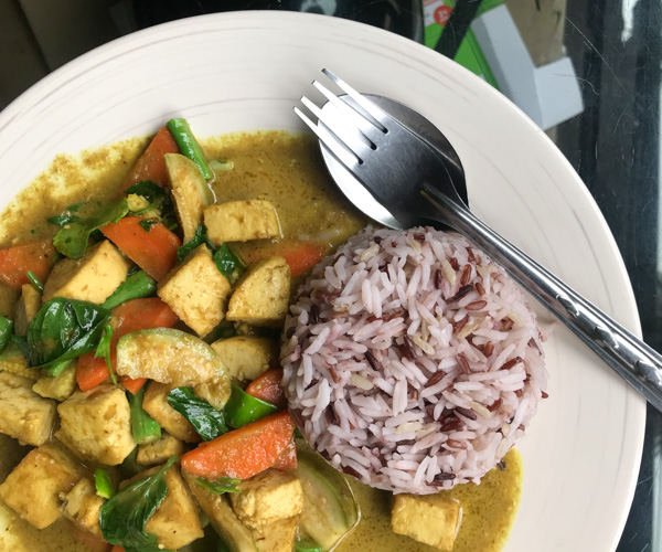 vegan green curry Little Wing Kitchen Koh Chang