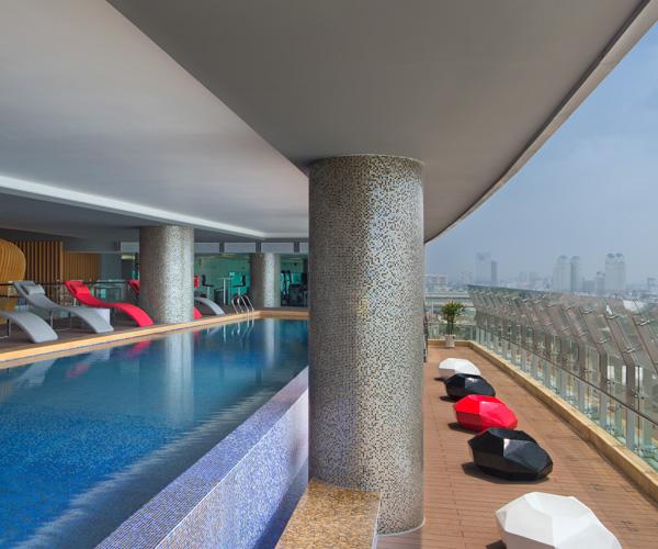 Le Meridien Saigon Pool