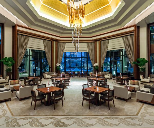 The Peninsula Bangkok_The Lobby