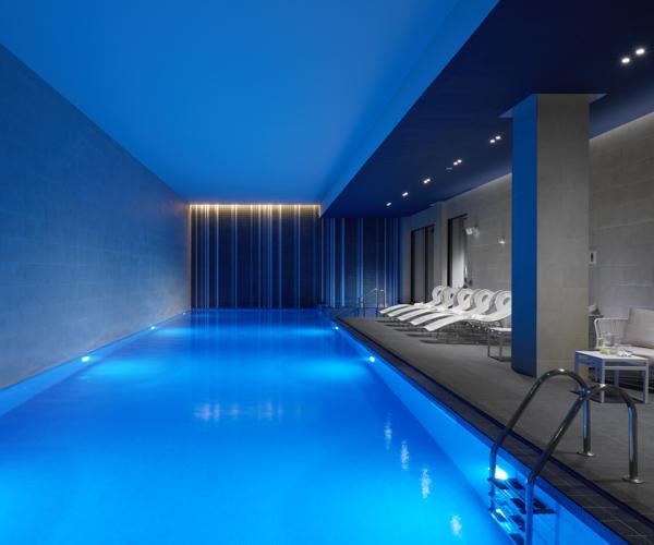 Hilton Bankside - Swimming Pool