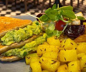Hilton Bankside vegan breakfast platter