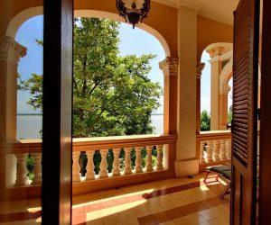 Le Relais de Chhlong balcony