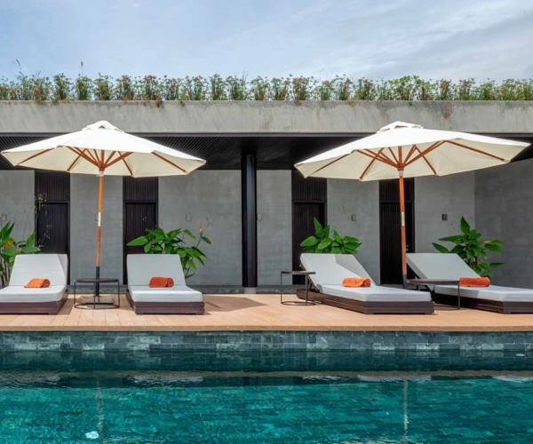 Amber Kampot pool