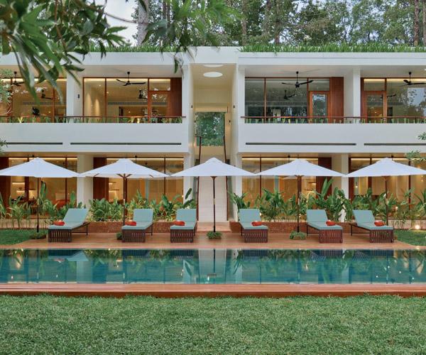 FCC Angkor Courtyard Pool