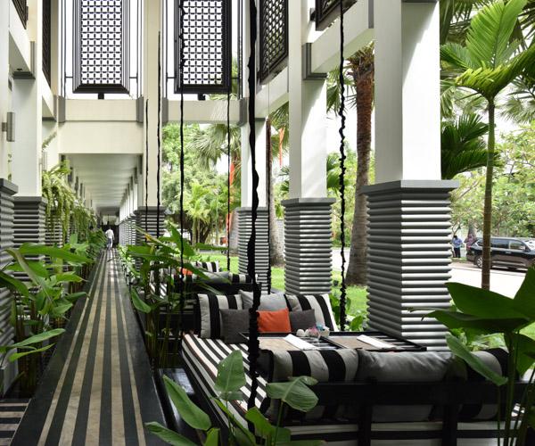 Shinta Mani Angkor swing seats