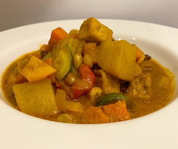 Anantara Angkor Vegan Curry