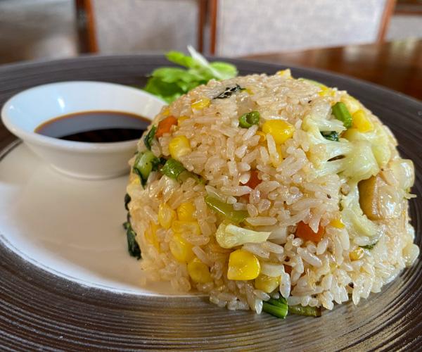 Anantara Angkor Vegan Fried Rice