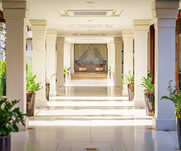 Anantara_Angkor_Resort_Lobby