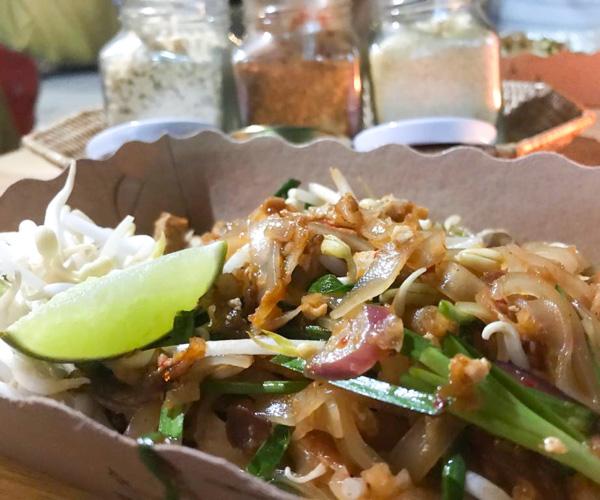 Thai Street Food vegan pad thai